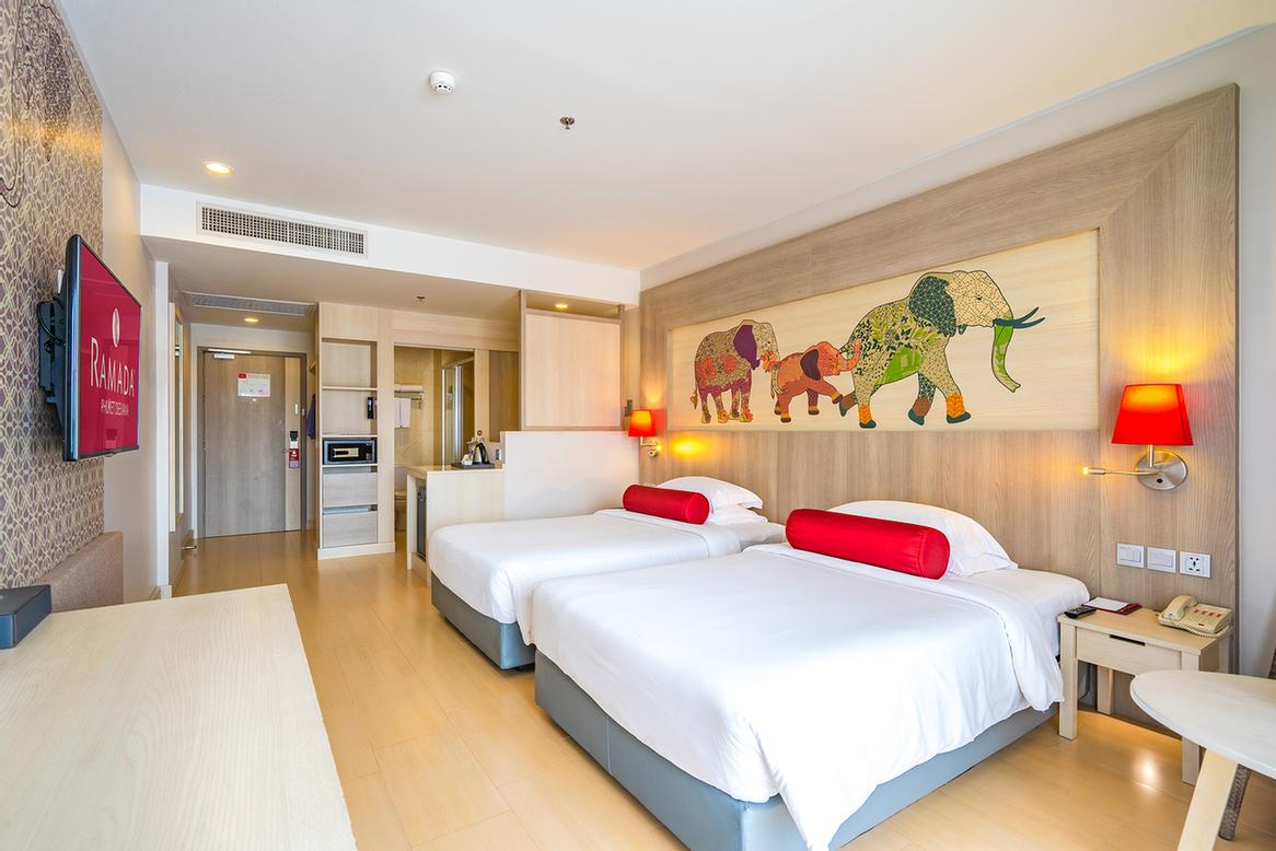 Ramada Phuket Deevana -Room Amenities 20 of 30