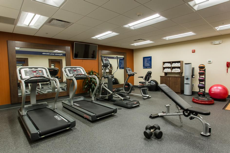 Exercise Room 19 of 20