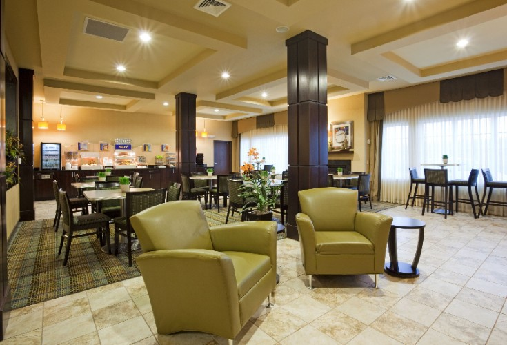 Holiday Inn Express Eau Claire North Breakfast Area 7 of 12