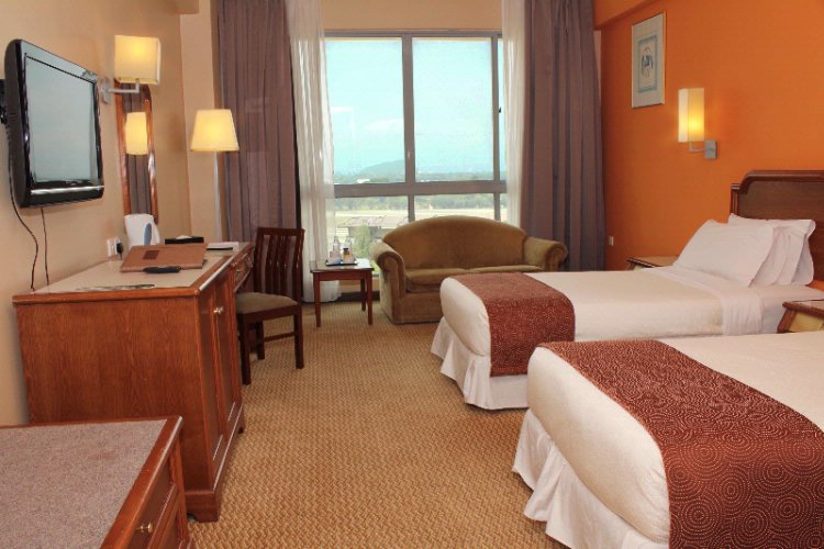 Executive Twin Room 9 of 14