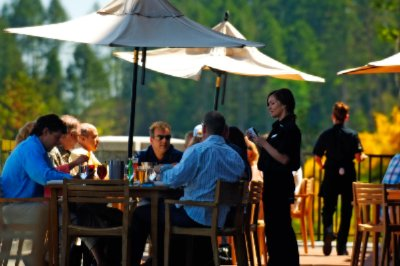 Great Outdoor Dining On Restaurant Terrace 8 of 25