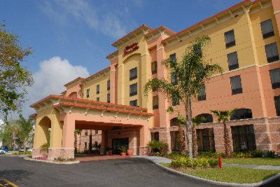 Hampton Inn & Suites South Lake Buena Vista 1 of 8