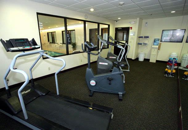 Fitness Area 6 of 8
