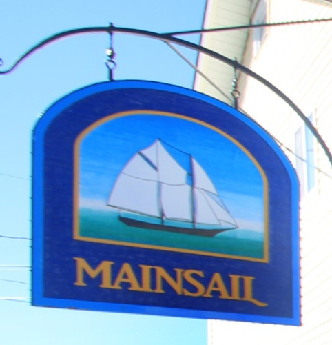 Mainsail Motel & Cottages 1 of 7