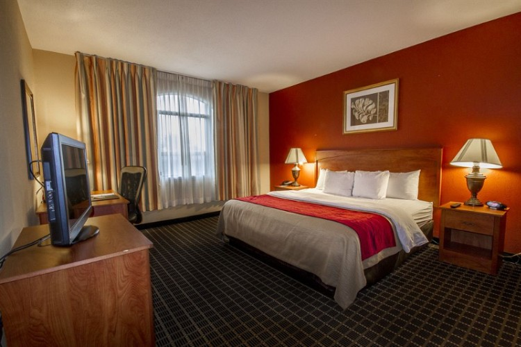 Standard Clarion Inn King Room. All Our Rooms Have Flat-Screen Tvs 5 of 10