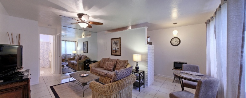 Sunshine Shores Boutique Apartments 1 of 13