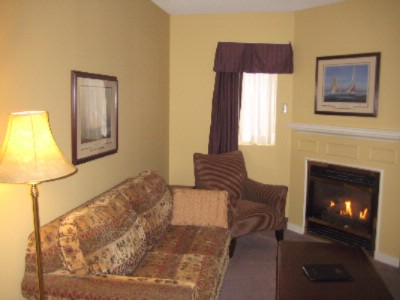 Superior Guestroom -Sitting Area 6 of 9