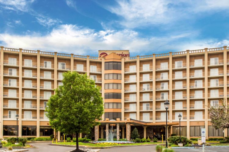 Clarion Hotel Philadelphia Airport 76 Industrial Highway Essington PA 19029