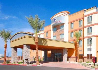 Comfort Suites Glendale 1 of 9