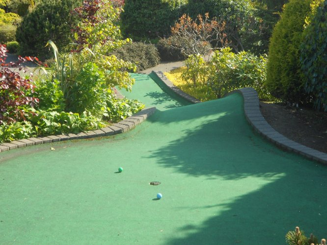 Crazy Golf 6 of 7