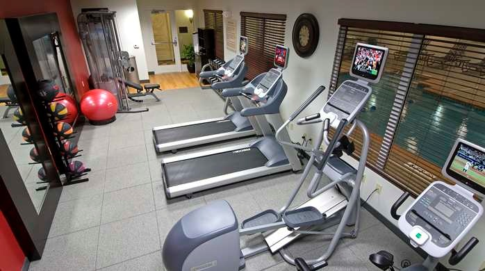 Fitness Room 6 of 15