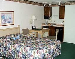 Standard Room With 1 King Bed 6 of 7