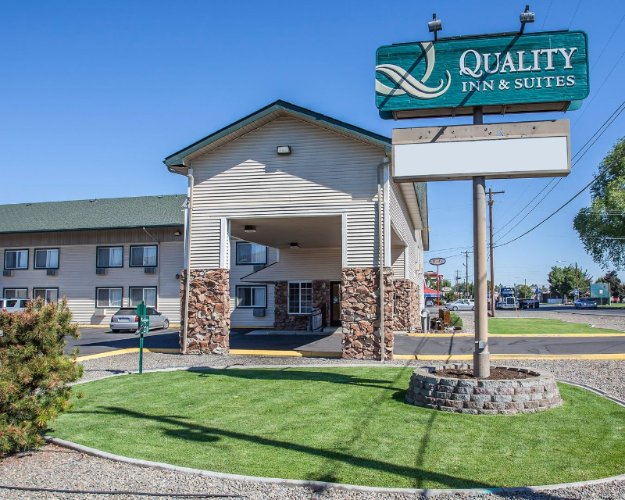 Quality Inn & Suites Toppenish Yakima Valley 1 of 13