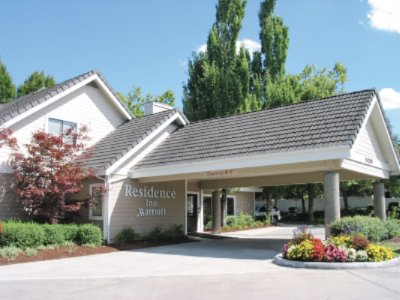 Residence Inn by Marriott Lake Oswego 1 of 8