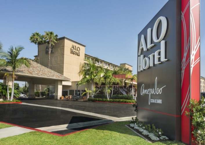 Alo Hotel -Exterior 2 of 11