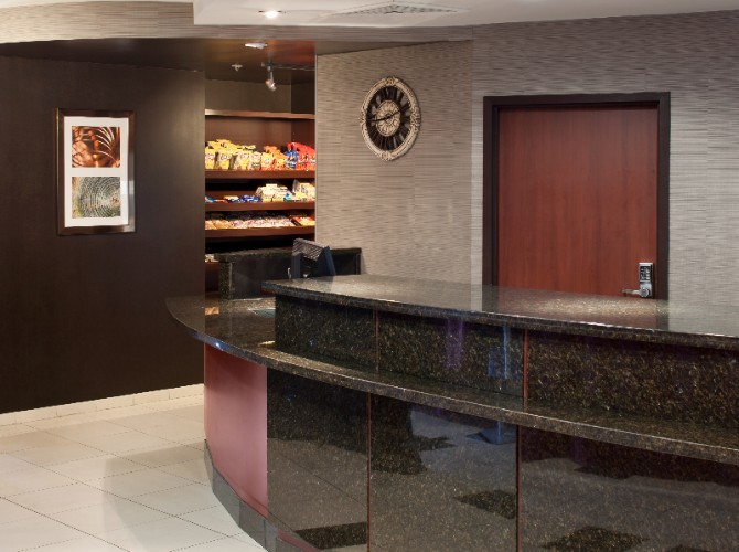 Front Desk 19 of 21
