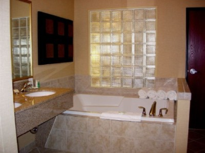 Jacuzzi Tub In Presidential Suite 10 of 10