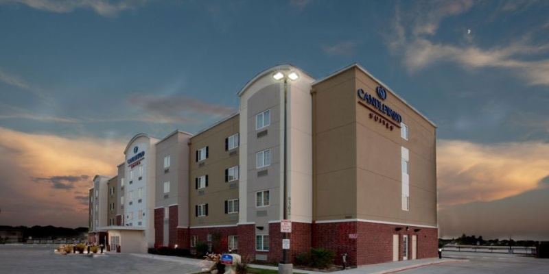 Candlewood Suites San Antonio Nw Near Seaworld 1 of 9