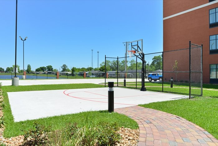 Basketball Court 11 of 27