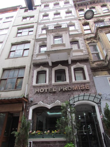 Hotel Promise 1 of 11