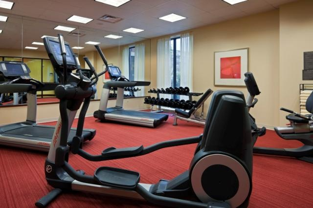 Hyatt Place Fitness 5 of 11