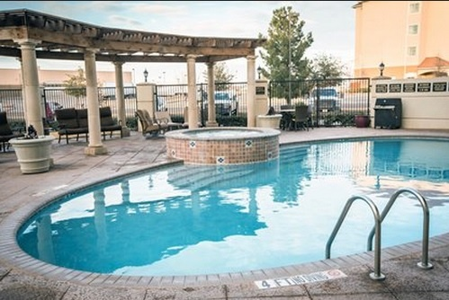 Outdoor Pool & Hot Tub 14 of 16