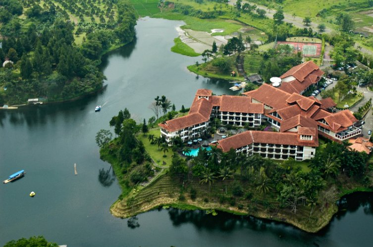 Lido Lakes Resort & Conference 1 of 24