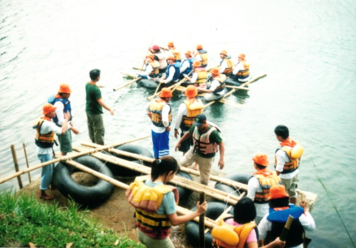 Raft Building 23 of 24