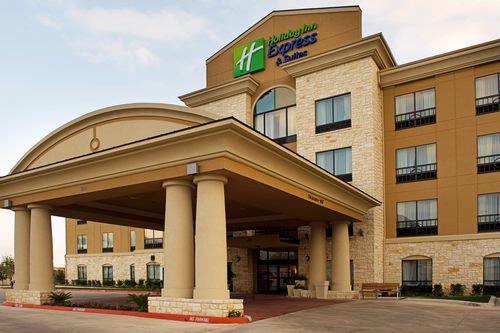Holiday Inn Express Nw Medical 1 of 9