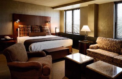 Luxury King Guest Room 9 of 11