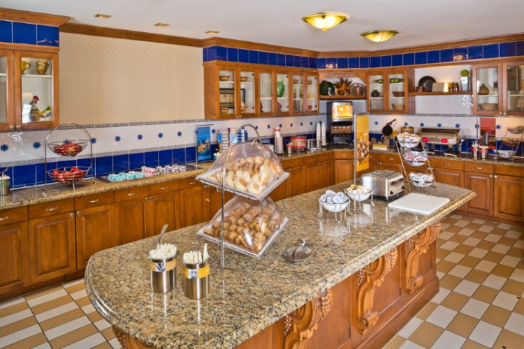 For A Delightful Variety Of Your Favorite Morning Treats Please Join Us Each Morning For Our Free Hot Breakfast. 5 of 10