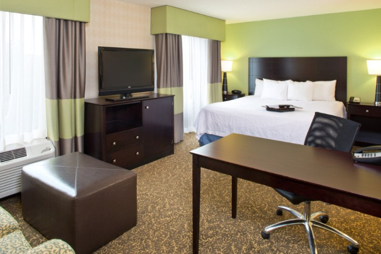 Looking For Some Extra Room To Stretch Out And Relax? Our Suites Are Spacious Comfortable And Convenient. 9 of 10