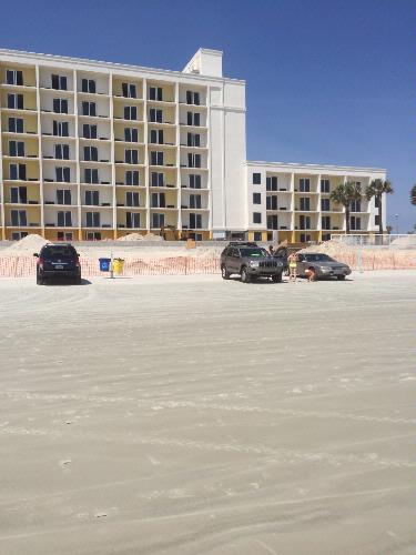 Hilton Garden Inn Daytona Beach Oceanfront 1 of 10