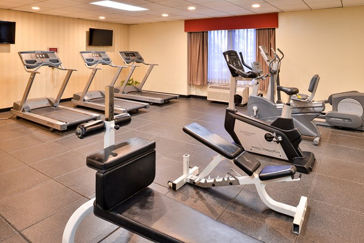 24hr Fitness Center Holiday Inn La Mirada Near Disneyland 17 of 31