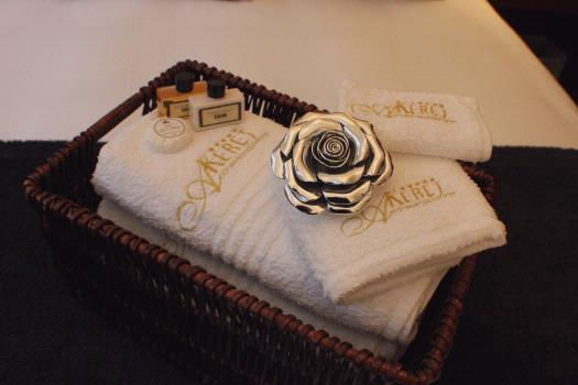 Linen & Bath Towels Provided 9 of 31