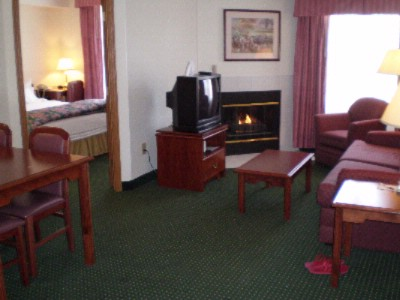 Two Bedroom Suite With Fireplace 5 of 6