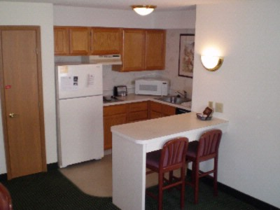 Fully Equipped Kitchen 6 of 6