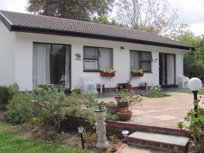 40 Winks Accommodation Somerset West 1 of 26