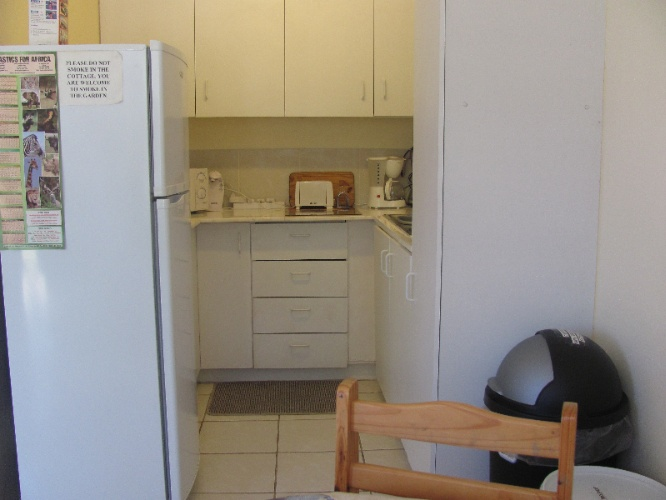 Kitchen Area 6 of 26