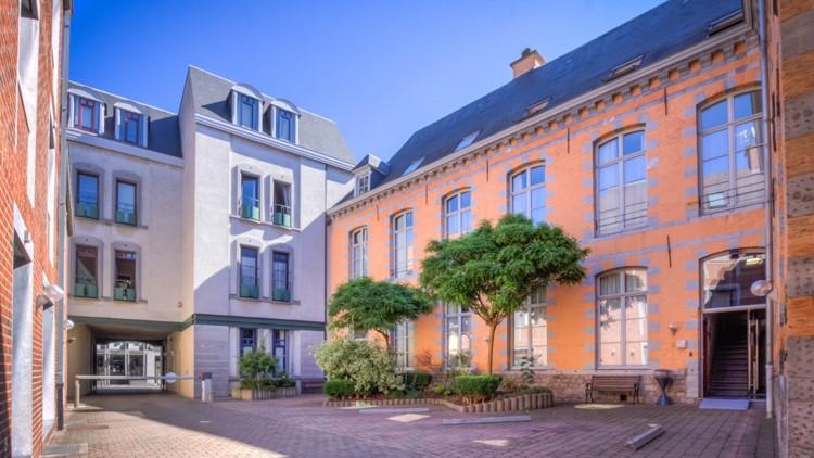 HOTEL INFOTEL Mons Rue Dhavr 7000