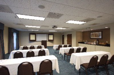 Grand Meeting Room 7 of 7