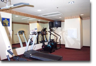 Fitness Center 5 of 8