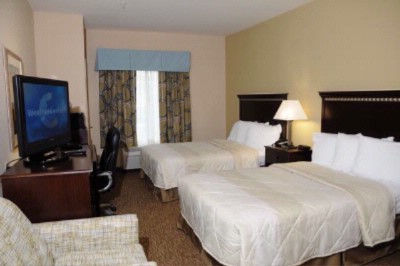 Beautifully Appointed Guest Rooms 5 of 6