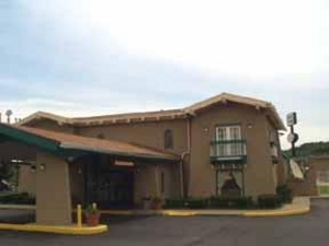 University Inn & Suites 4 of 8