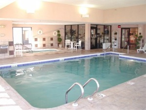 Relax In Our Heated Pool Or Whirlpool 6 of 6