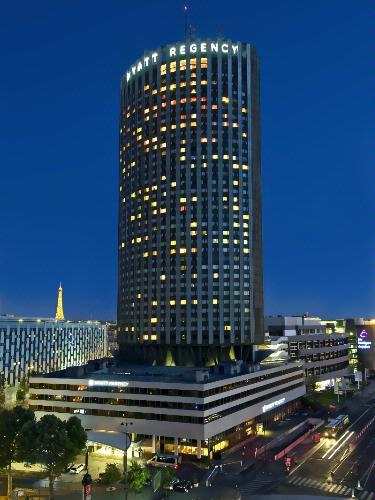 Hotel hyatt regency paris etoile paris 3 place du for Hotels 1 etoile paris