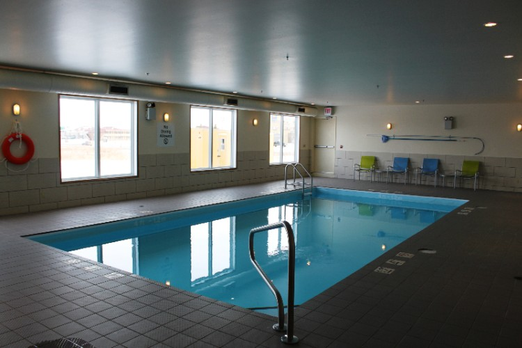 Holiday Inn Express & Suites Yorkton Pool Area 17 of 24
