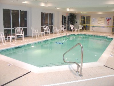 Indoor Swimming Pool 3 of 9