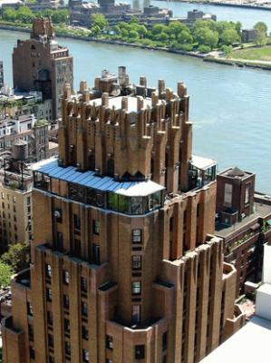 Aerial View Of The Beekman Tower Hotel 3 of 8