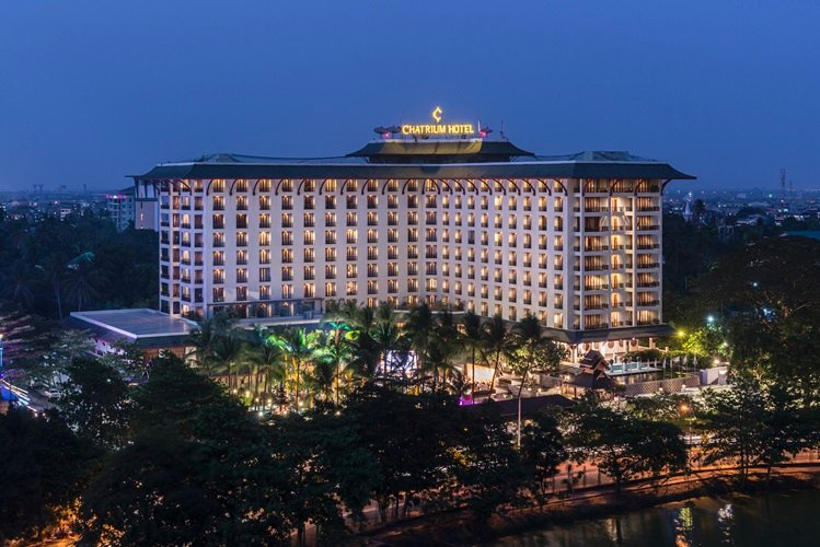 Chatrium Hotel Royal Lake Yangon 1 of 31